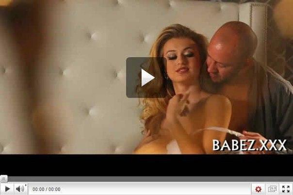 Nakeddbz boobs