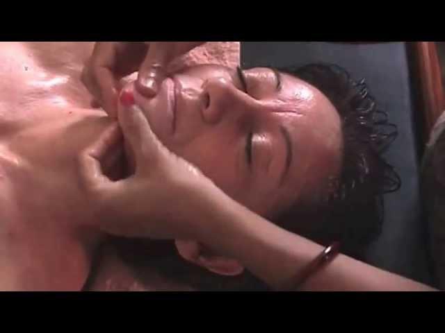 Ayurveda | Ayurvedic Facial Massage at PDI - Raiwala, India (Dr. Anil K. Mehta's Clinic)