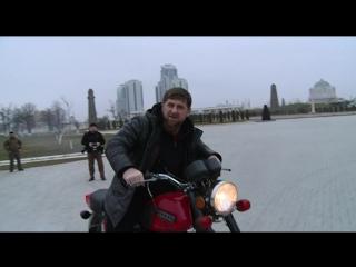 Воскресным вечером покатался на мотоцикле Иж-Планета-5