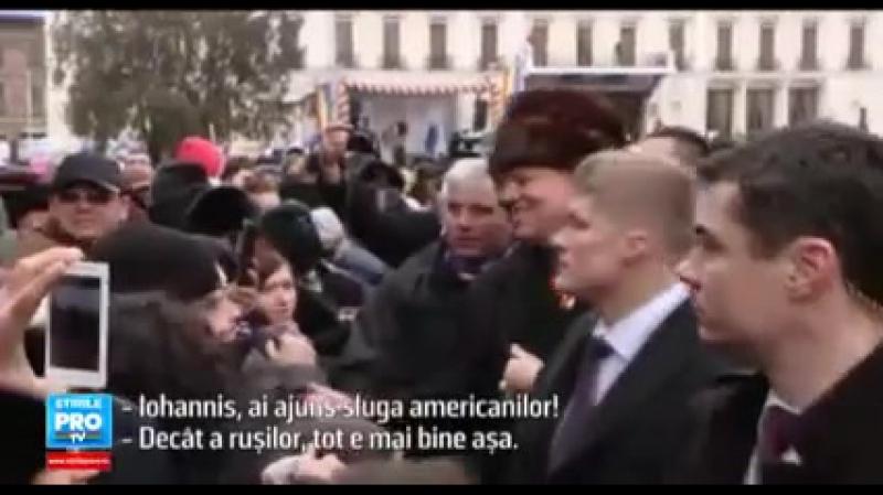 Iohannis, ai ajuns sluga americanilor_(640x360)