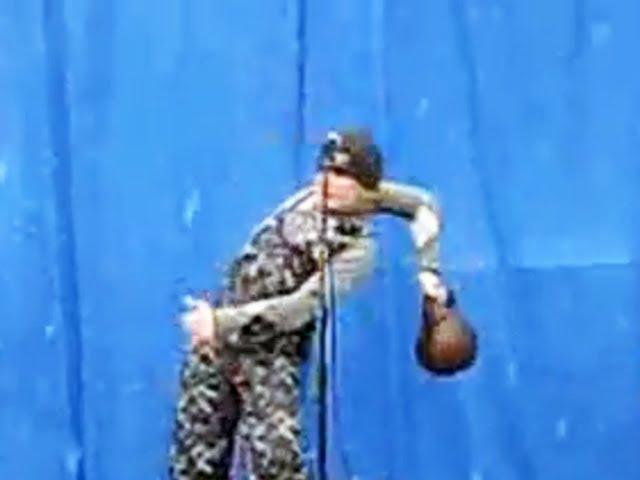 Kettlebell Lifting Epic Funny Fail Прикол - гиря перевесила!