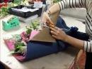 Составление букетов потрясающий букет из роз, гербер и лилий своими руками кур ...
