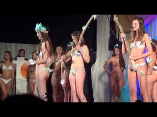 Monte Hermoso: Elección de la XXI Reina Nacional de la Primavera: Desfile en bikini