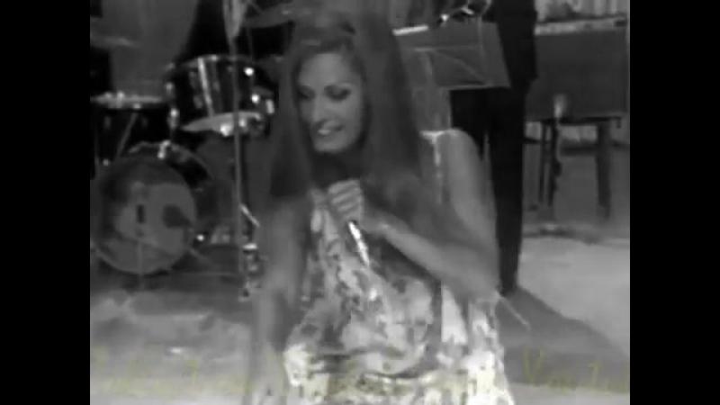 Dalida ♪ Dirladada (Live) 23/08/1971 - (Une cigogne sur la 2 (2e chaine)