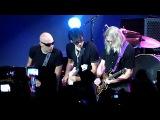 G3 - Steve Morse, Steve Vai, Joe Satriani - White Room (05.08.2012, Moscow, Russia)