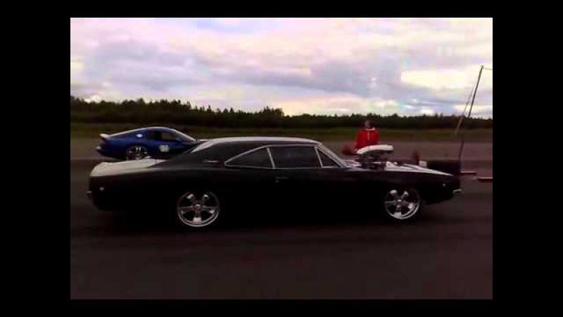 Dodge Charger R/T vs Dodge viper