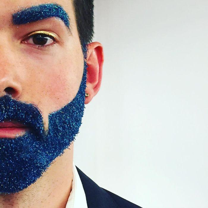 """ncW3fKMnNVI - Кончита Вурст: """"Как украсить бороду к празднику"""" (30 ФОТО)"""
