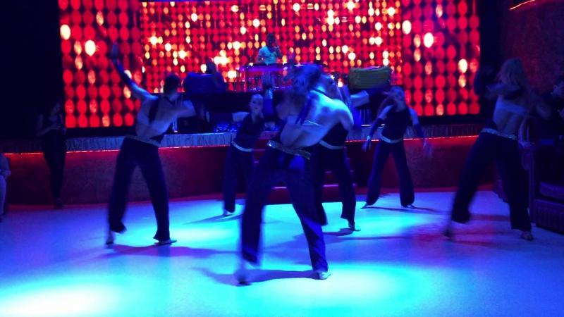 Высупление студенток кафедры спортивных танцев и фитнеса ХДАФК на закрытии сезона Металлист лиги