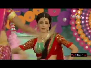 Sanaya Irani - Holi Performance on Colors TV-SD