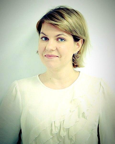 Юлия Семиколенова