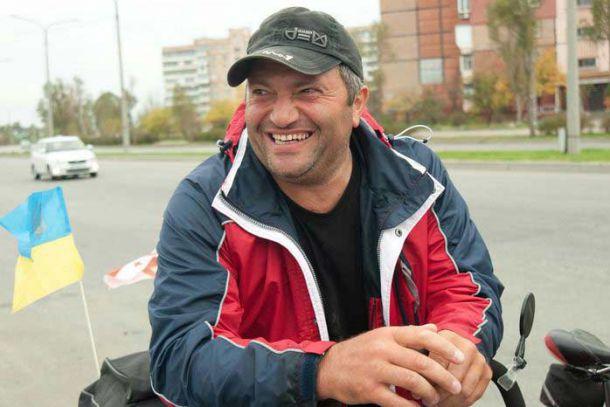 Через Светловодск едет знаменитый велопутешественник Нодар Беридзе