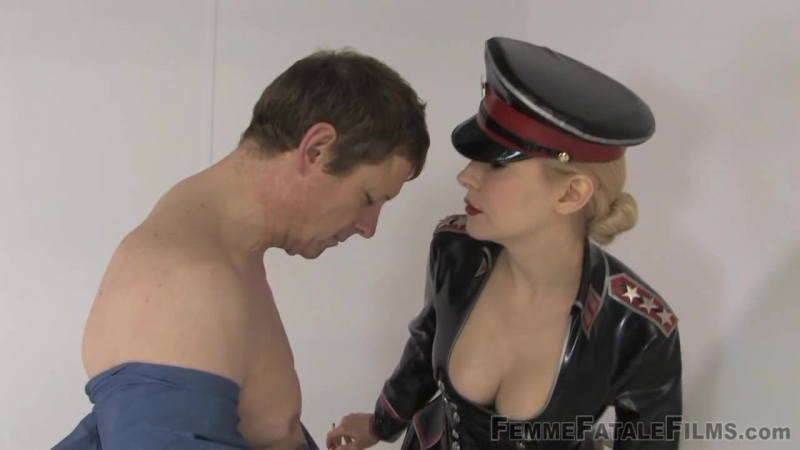 Mistress Eleise De Lacy - Cell Inspection