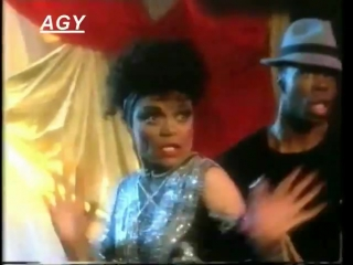 EARTHA KITT AND BRONSKI BEAT - CHA CHA HEELS TOTP AGY