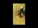 Жестокое групповое избиение в Ульяновске. Студентки избили сокурсницу.