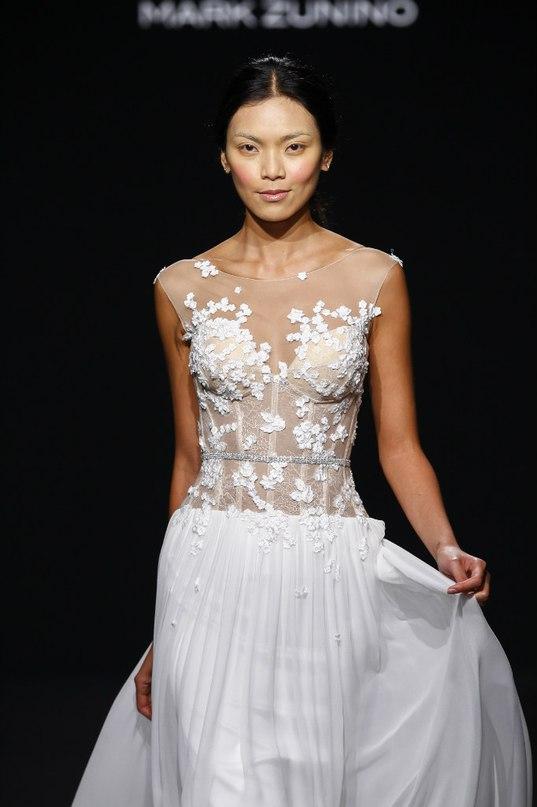 MTS5Q5f7ZpA - Свадебные платья класса Люкс - 2016