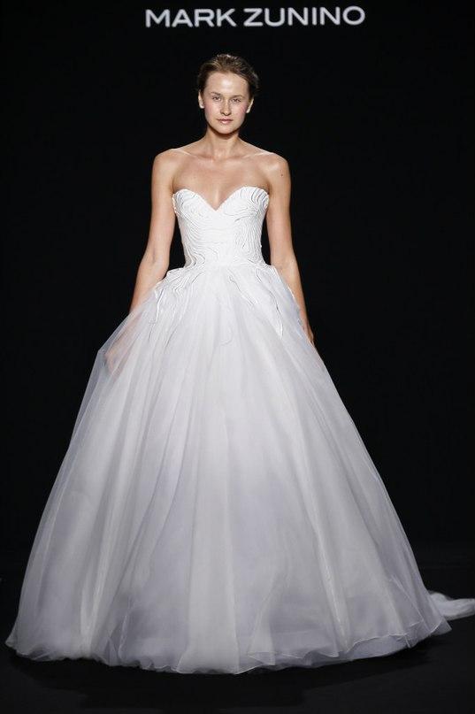 YQrWUoU3J6U - Свадебные платья класса Люкс - 2016