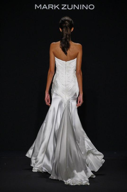 lIJ0P8cTJIU - Свадебные платья класса Люкс - 2016