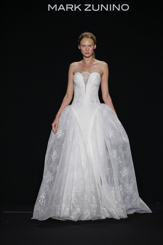 wzF5V1A8OO0 - Свадебные платья класса Люкс - 2016