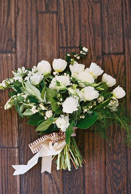 mbgGV5X5dto - 20 Весенних свадебных букетов с тюльпанами