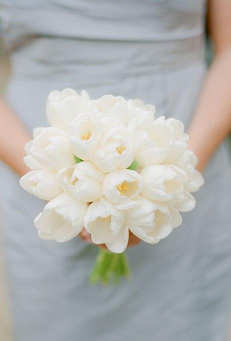 wE5PAn3YGhs - 20 Весенних свадебных букетов с тюльпанами