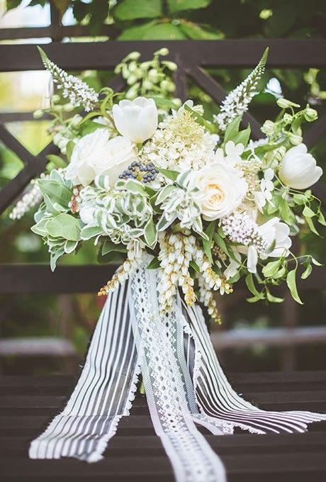 Kvf7ILsvFjg - 20 Весенних свадебных букетов с тюльпанами