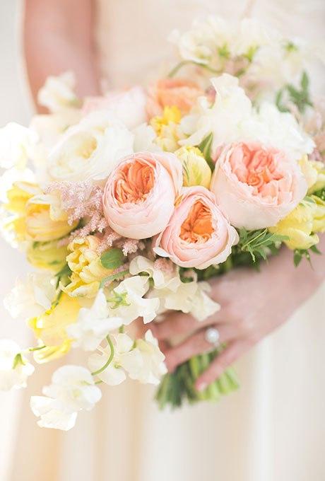 ONQwwI9swEo - 20 Весенних свадебных букетов с тюльпанами