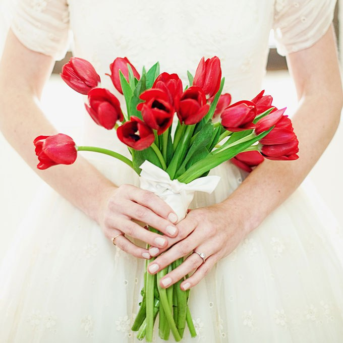 ygf0Q6U3mA - 20 Весенних свадебных букетов с тюльпанами