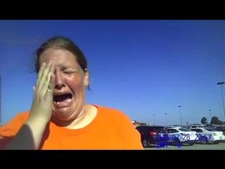 ✔ ОСОБОЕ МНЕНИЕ:   Полиция арестовала жительницу Оклахомы, оставившую ребенка в машине на жаре