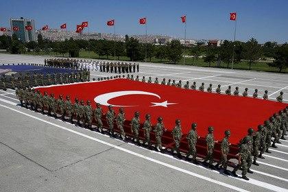 В Москве узнали об окопавшихся у сирийской границы турецких военных