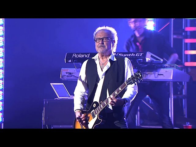 Foreigner - Juke Box Hero 2010 Live Video HD