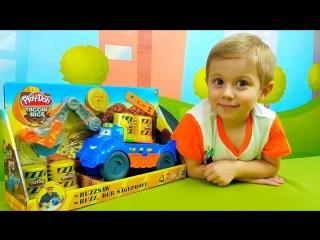 Детский лесовоз Play Doh - Играем с Даником в пластилин Плей До. Play Doh Diggin Rigs