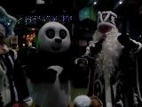 Настоящий дед мороз и панда конфу. Елка 2016 Новый год.