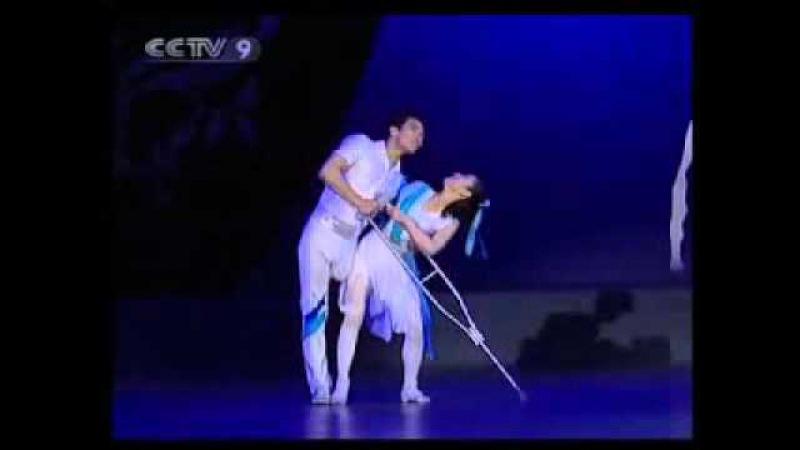 Она без руки, он без ноги но это балет И после увиденного легко убедиться, что наша жизнь c ее кучей проблем сущий пустяк vk