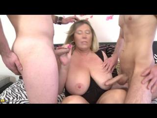 Порно пышки минет