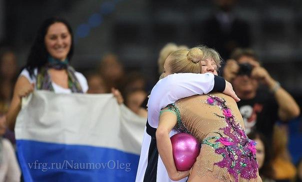 Чемпионат мира по художественной гимнастике. Штутгарт. 7-13 сентября 2015 - Страница 2 Hw5RlFf-XsU