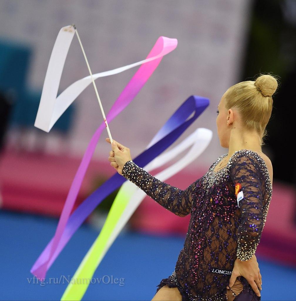 Чемпионат мира по художественной гимнастике. Штутгарт. 7-13 сентября 2015 - Страница 7 TzPBVFm4J7Q