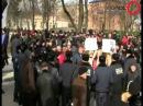 Коммунисты вытеснили сторонников ВО Свобода от памятника Ленину в Ахтырке ФОТО ВИДЕО Голос 20130223 306290223