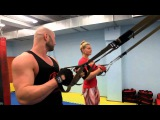 Круговая тренировка с TRX для начинающих - в фитнес клубе и в парке. От Юрия Спасококуцкого и Алисы Водопьян