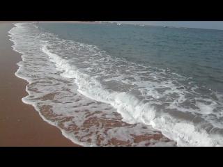 Плеск волн теплого Красного моря.