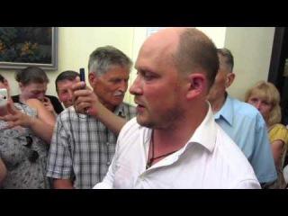 Избранные моменты потасовок в Полтавском горсовете (2015.07.10)