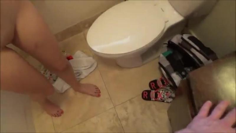 фото голых задниц нудистов