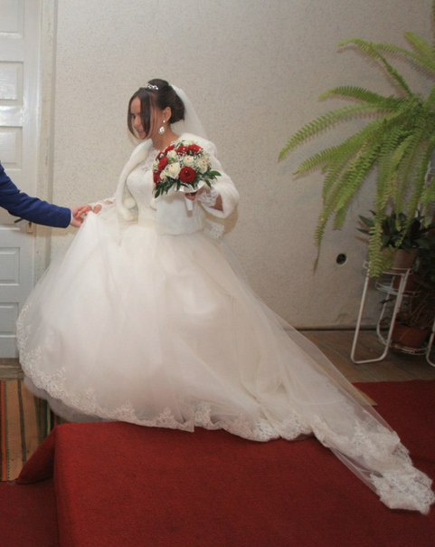 продам шикарне плаття,Розмір 44,на зріст