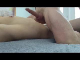 Видео парень онанизм без рук фото 665-411