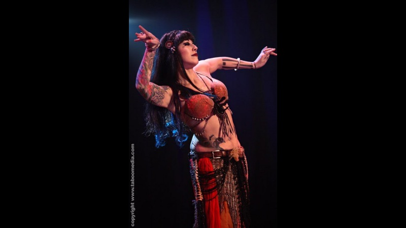 Sharon Kihara performs Oriental Fusion belly dance at The Massive Spectacular!