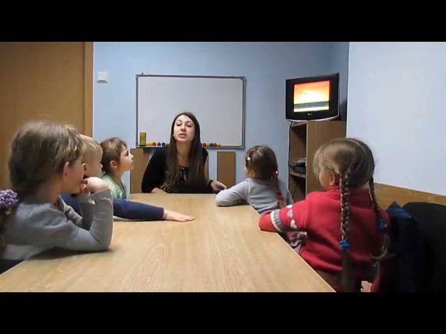 English lesson for kids 4-5 . Food in Eglish.