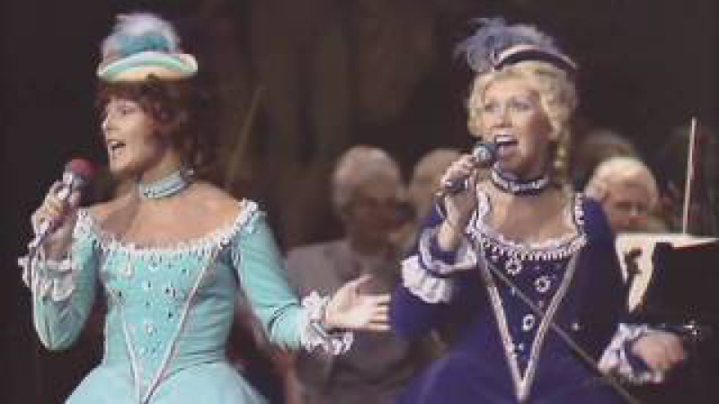 ABBA : Dancing Queen (Royal Swedish Opera 1976) HQ