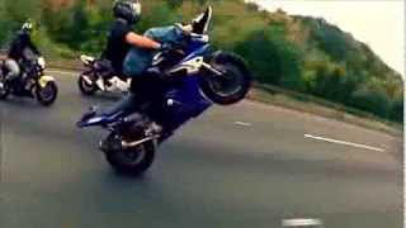 Мото трюки видео нарезка лучшие моменты Moto racing video slides of best moments