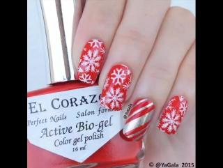 Зимний маникюр в красном цвете