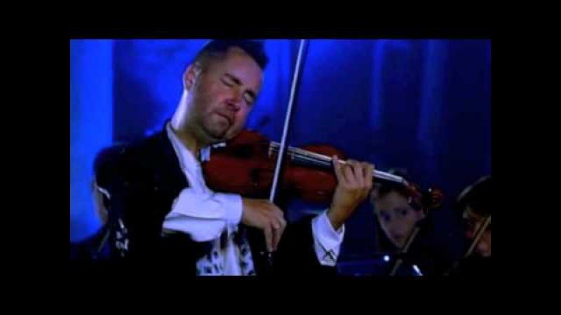 Nigel Kennedy performing J S Bach's A minor violin concerto