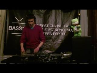 Basstv Live - Эфир № 010 - DJ HOLOD (New Wave Promo)